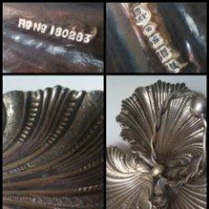 Antigüedades: CENTRO DE MESA TRIPLE CONCHA JOYERIA CON CON SELLOS GRAN TAMAÑO ALPACA METAL PLATEADO. Lote 199963851