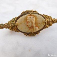 Antigüedades: AGUJA ANTIGUA N.S. DE MONTSERRAT. Lote 200043525