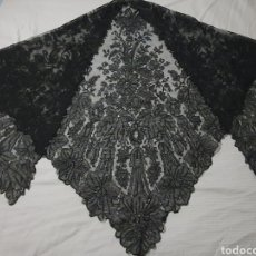 Antigüedades: MAGISTRAL PICO-MANTILLA ANTIGUO DE CAMBRAY CON DIBUJO CHANTILLY. Lote 200049133
