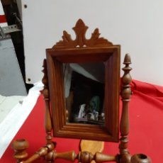 Antigüedades: ESPEJO TOCADOR EN MADERA TORNEADA MUY ANTIGUO. Lote 200066510