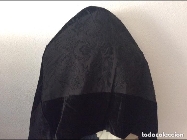 REGIONAL MANTILLA DE CASCO SEDA DE TERCIOPELO (Antigüedades - Moda - Mantillas)