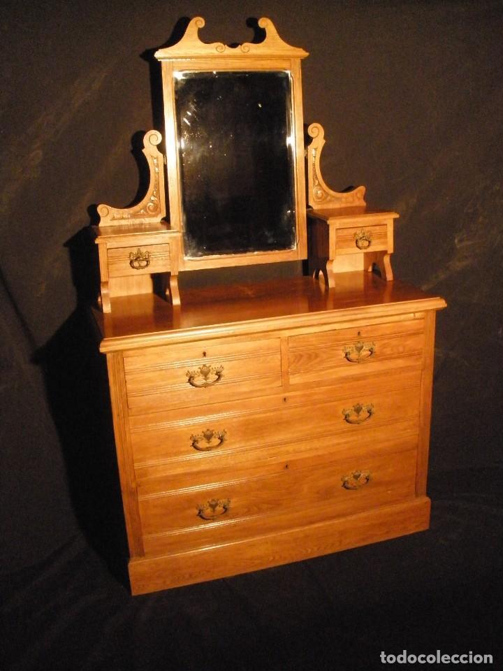 COMODA DE ROBLE- (Antigüedades - Muebles - Cómodas Antiguas)