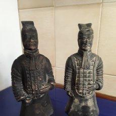 Antigüedades: FIGURAS DE GUEREROS JAPONESES. Lote 200330992
