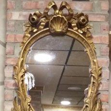 Antigüedades: ESPEJO DE MADERA DORADO BENDITERA MUY RARO. TODO DE MADERA. Lote 200333591