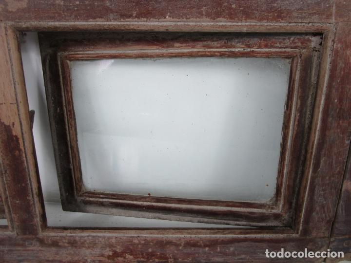 Antigüedades: Decorativa Ventana Plegable Antigua - Posible Ventana de Vagón de Tren, Carruaje - Madera - Foto 4 - 200352141