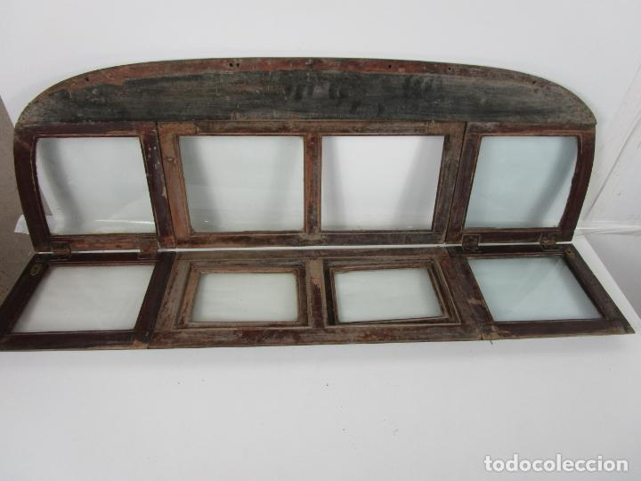 Antigüedades: Decorativa Ventana Plegable Antigua - Posible Ventana de Vagón de Tren, Carruaje - Madera - Foto 9 - 200352141