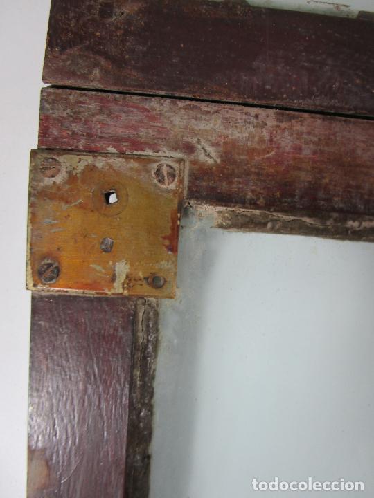 Antigüedades: Decorativa Ventana Plegable Antigua - Posible Ventana de Vagón de Tren, Carruaje - Madera - Foto 14 - 200352141