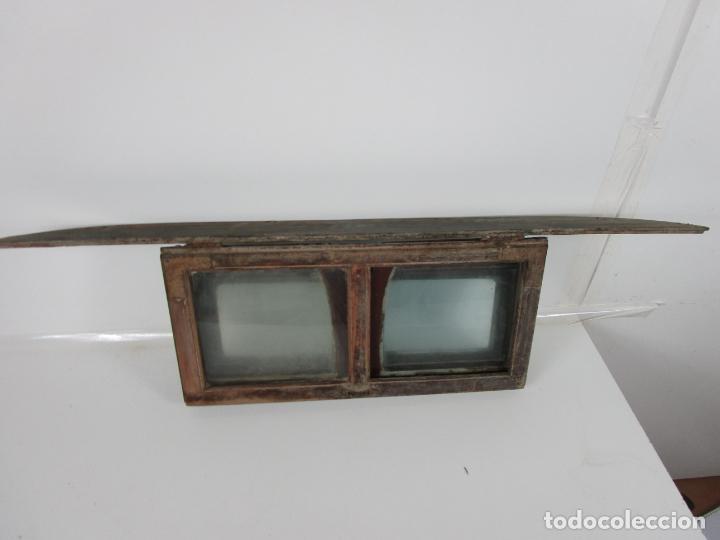 Antigüedades: Decorativa Ventana Plegable Antigua - Posible Ventana de Vagón de Tren, Carruaje - Madera - Foto 19 - 200352141