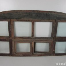 Antigüedades: DECORATIVA VENTANA PLEGABLE ANTIGUA - POSIBLE VENTANA DE VAGÓN DE TREN, CARRUAJE - MADERA. Lote 200352141