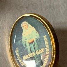 Antiguidades: PIN INSIGNIA MARIA GAY. SENYERA Y SEÑORA HECHA COLUMNA. 2,3CMS ALTURA. Lote 200352903