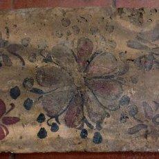Antiguidades: AZULEJO VALENCIANO (SOCARRAT) DE TECHO, DEL SIGLO XV. Lote 200389327