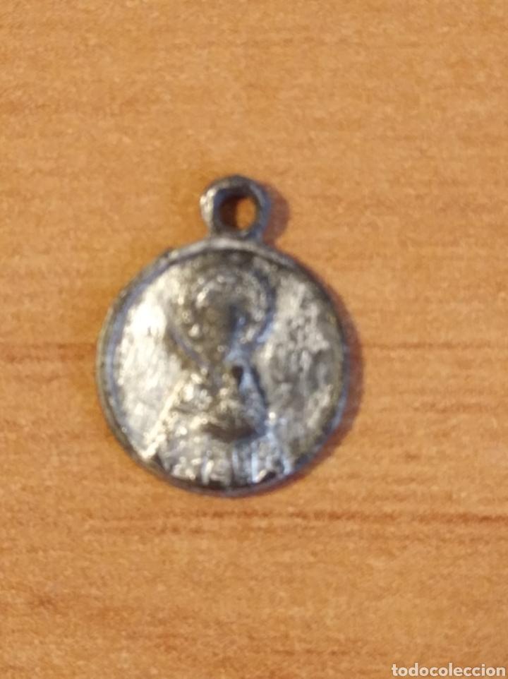 Antigüedades: MON 1487 - MEDALLA RELIGIOSA - DELICADOS DETALLES REALIZADA EN COSPEL DE ÉPOCA - Foto 3 - 200513327