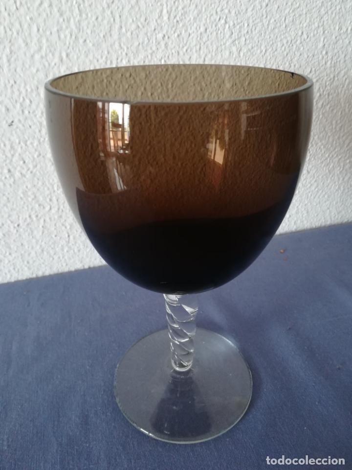 Antigüedades: Copa de cristal de Murano de los años 80, altura 20 cm (con 2 chips) - Foto 4 - 200589661