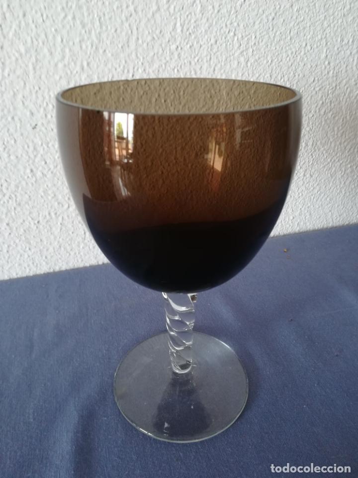 Antigüedades: Copa de cristal de Murano de los años 80, altura 20 cm (con 2 chips) - Foto 5 - 200589661