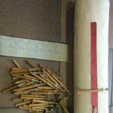 Antigüedades: LOTE PARA ENCAJERA DE BOLILLOS. LO BOLILLOS MIDEN UNOS 11,50 CM. Lote 200841218