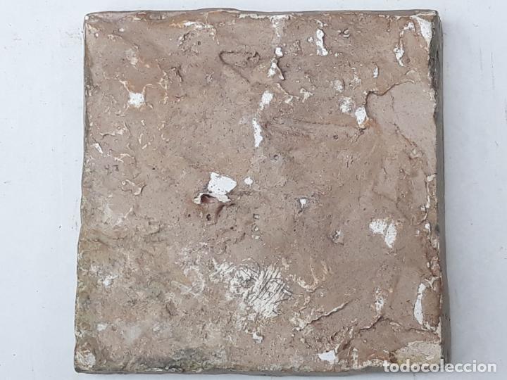 Antigüedades: 3 ) AZULEJO GOTICO ANTIGUO ( HOLAMBRILLA ) - MANISES ( VALENCIA ) SIGLO XV. - Foto 2 - 201114670