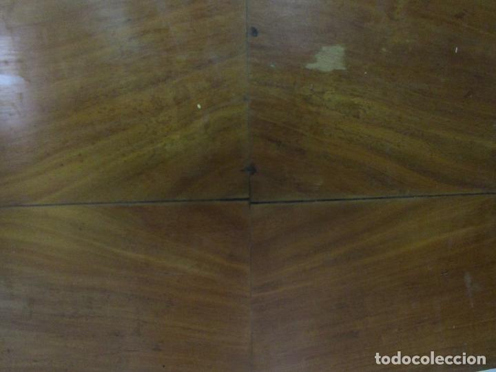 Antigüedades: Cabezal de Cama Isabelina - Madera de Caoba - Forma de espiga Central - Principios S. XIX - Foto 4 - 201222526