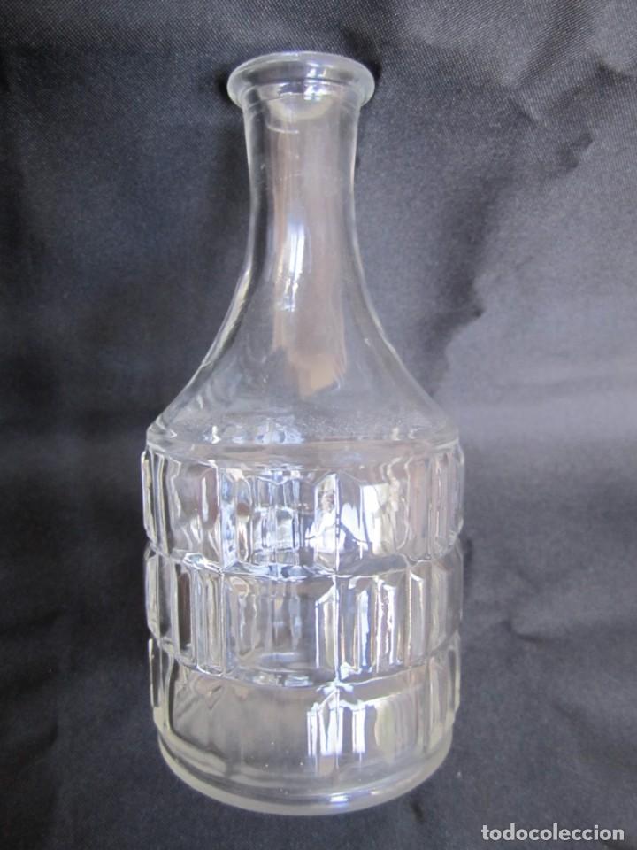 Antigüedades: Antigua botella de mesita de noche para agua. Principios siglo XX - Foto 3 - 201225540