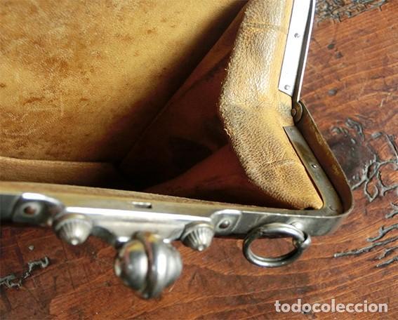 Antigüedades: ANTIGUO Y PRECIOSO BOLSO - H&B - ÉPOCA VICTORIANA - S.XIX - PÁJAROS - PIEL REPUJADA - NUMERADO - Foto 14 - 201288952