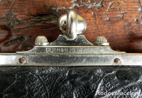 Antigüedades: ANTIGUO Y PRECIOSO BOLSO - H&B - ÉPOCA VICTORIANA - S.XIX - PÁJAROS - PIEL REPUJADA - NUMERADO - Foto 15 - 201288952