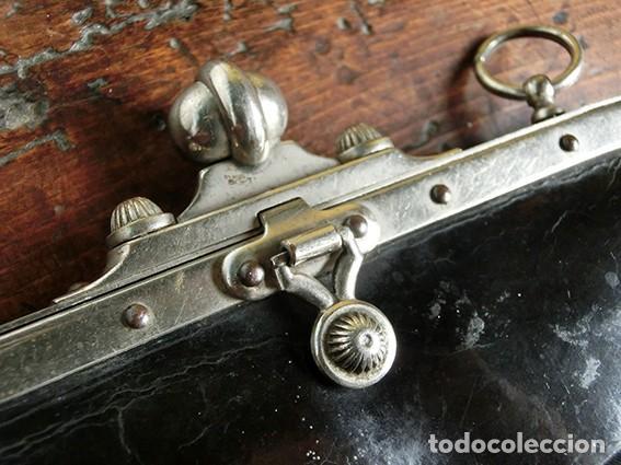 Antigüedades: ANTIGUO Y PRECIOSO BOLSO - H&B - ÉPOCA VICTORIANA - S.XIX - PÁJAROS - PIEL REPUJADA - NUMERADO - Foto 20 - 201288952