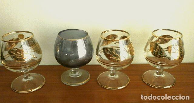 Antigüedades: Lote 4 Copas Brandy Coñac vintage (años 50-60) Cristal con esmalte dorado 9 cm alto - Foto 4 - 201289378
