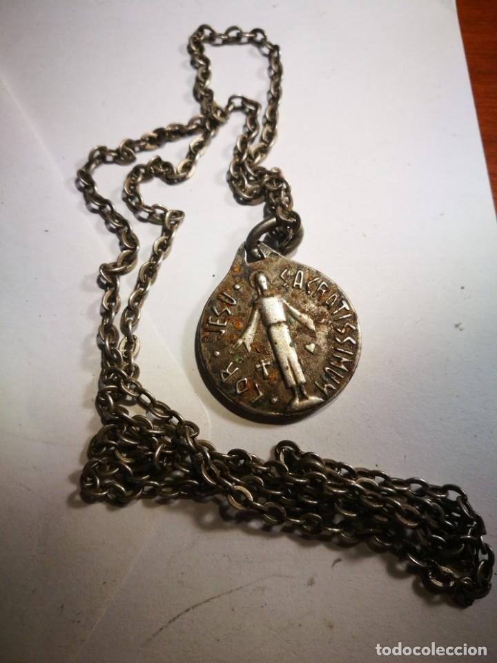 Antigüedades: Medalla Antigua de Plata Lor Jesu Sacratissimun detrás Virgen María con el Niño Jesús con cadena pla - Foto 4 - 201314072