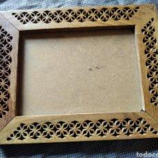 Antigüedades: MARCO PORTAFOTOS MADERA VINTAGE MEDIDA INTERIOR 18 X 14 CM. Lote 201336646