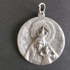 Antigüedades: MEDALLA VIRGEN DE LA PEÑA. PERALES DEL PUERTO. Lote 201644925