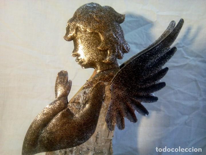 ARTÍCULO RELIGIOSO.ÁNGEL DE LA GUARDA PORTAPAZ AÑOS 40 .40 CM POR 24 CM. (Antigüedades - Religiosas - Varios)