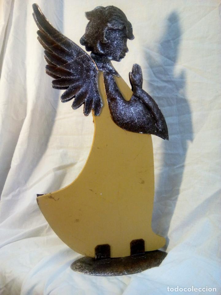 Antigüedades: artículo religioso.Ángel de la guarda portapaz años 40 .40 cm por 24 cm. - Foto 7 - 201672232