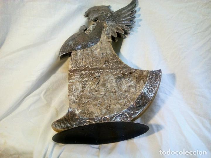 Antigüedades: artículo religioso.Ángel de la guarda portapaz años 40 .40 cm por 24 cm. - Foto 9 - 201672232