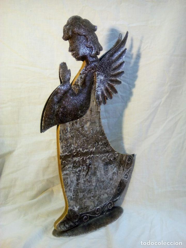 Antigüedades: artículo religioso.Ángel de la guarda portapaz años 40 .40 cm por 24 cm. - Foto 11 - 201672232