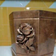 Antigüedades: BONITO MACETERO. Lote 201808460