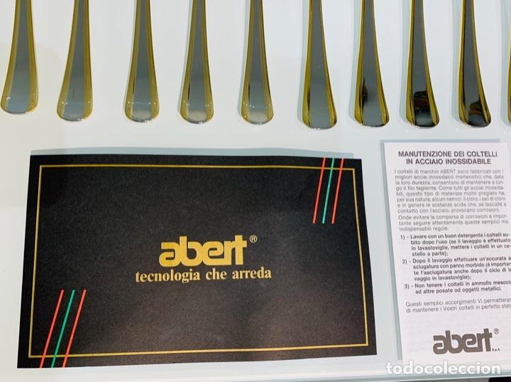 Antigüedades: Cuberteria Italiana Abert. Acero Inox. 18/10 & Oro 24ct. 12 Serv./75 piezas. Premium. 70/80s. Nueva. - Foto 10 - 201827911
