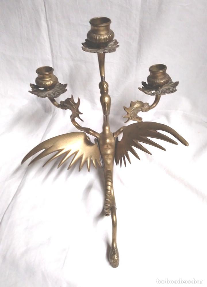 Antigüedades: Pareja Candelabros forja bronce época Modernista S XIX, Dragon Tricefalo, únicos de Colección - Foto 5 - 201946866