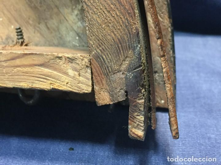 Antigüedades: MENSULA RINCONERA EPOCA FERNADO VII MADERA CHAPEADO GRUESO CAOBA 8X43X30CMS - Foto 13 - 201980930