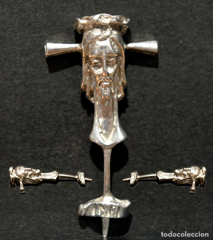 ANTIGUO CRUCIFIJO BROCHE EN PLATA DE OFEBRERIA (Antigüedades - Religiosas - Crucifijos Antiguos)