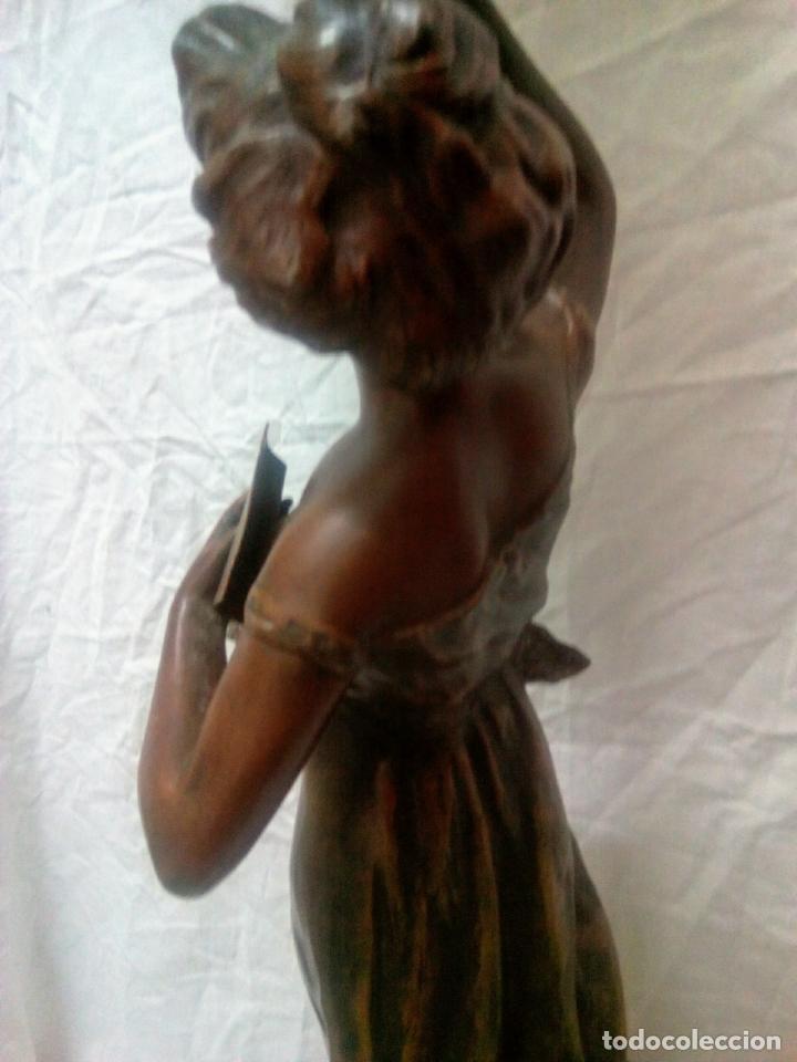 Antigüedades: Antigua Escultura en calamina y cristal . La declamación de Kossowsky.Siglo XlX. 85 cm de alto. - Foto 15 - 202040991