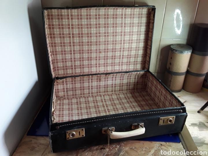 Antigüedades: Antigua maleta de carton - Foto 2 - 202085073