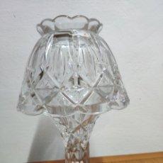 Antiguidades: PRECIOSA LAMPARA PORTA VELAS QUINQUE CRISTAL TALLADO. Lote 202092555