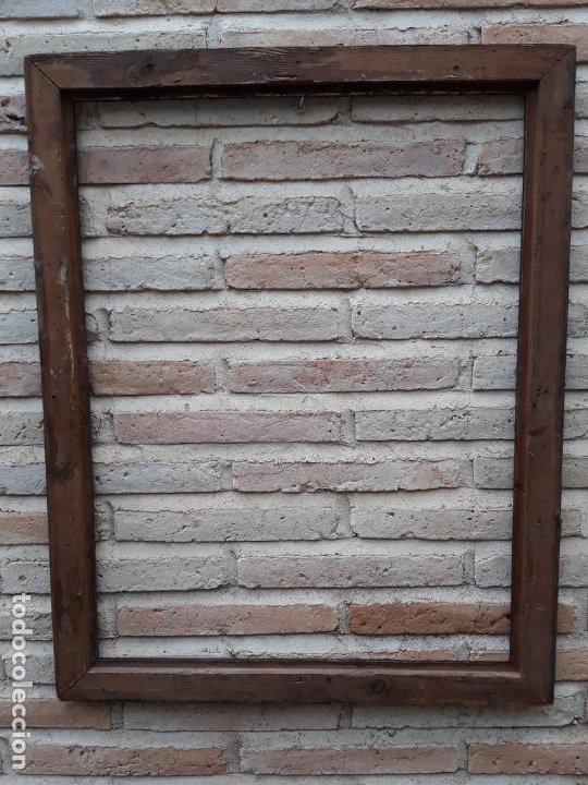 Antigüedades: 2 ) MARCO ANTIGUO EN MADERA CON ESTUCO DORADO. - Foto 3 - 202318275