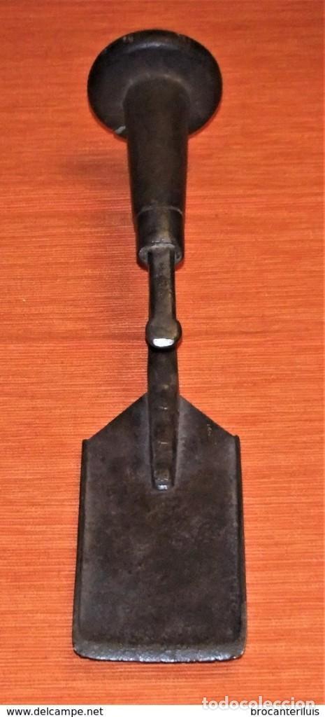Antigüedades: ANTIGUO PUJAVANTE DE HIERRO FORJADO - Foto 8 - 202322725