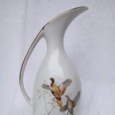 Antigüedades: JARRA DE PORCELANA YAGER, ALEMANIA.. Lote 202329702