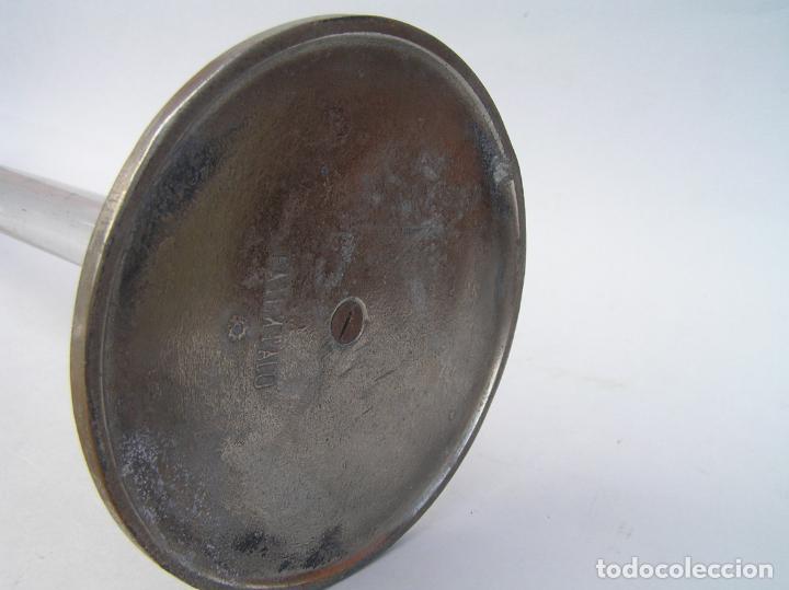 Antigüedades: Sombrerero de sobremesa. Cristal y metal . Finales siglo XIX. 34 cm. - Foto 10 - 202346245