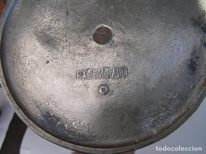 Antigüedades: Sombrerero de sobremesa. Cristal y metal . Finales siglo XIX. 34 cm. - Foto 11 - 202346245