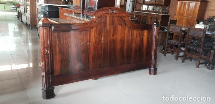GRAN CABECERO EN MADERA DE PALO SANTO (Antigüedades - Muebles Antiguos - Camas Antiguas)