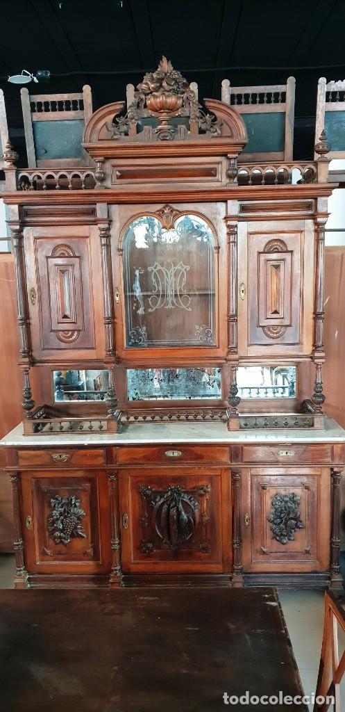 Antigüedades: Gran aparador alfonsino en madera de nogal - Foto 3 - 202404531