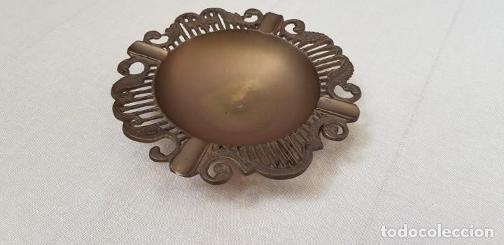 Antigüedades: CENICERO DE BRONCE CON FILO LABRADO - Foto 3 - 202414443