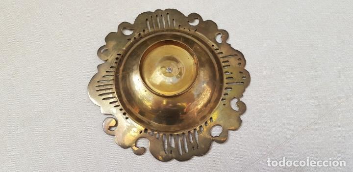 Antigüedades: CENICERO DE BRONCE CON FILO LABRADO - Foto 7 - 202414443